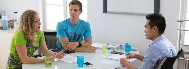 Paul im Interview mit Kathrin Wychera und Dominik Simon