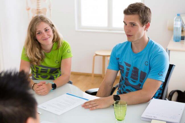 Kathrin Wychera und Dominik Simon berichten vom Alltag in ihrer Praxis